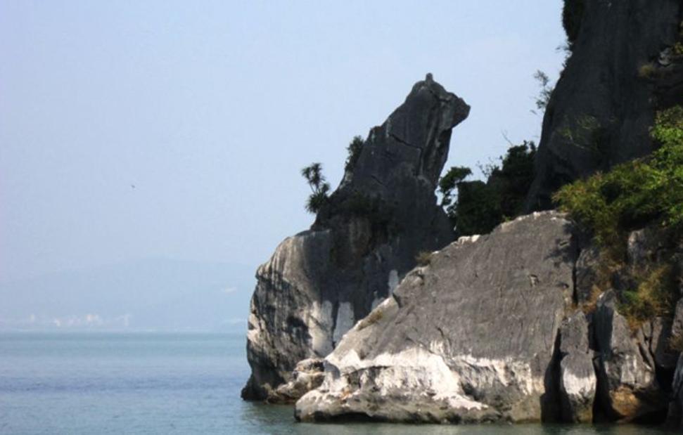 Địa điểm du lịch Hạ Long 4