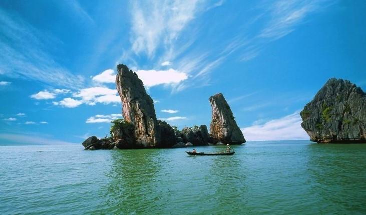 Hòn Phụ Tử du lịch Đảo Bà Lụa