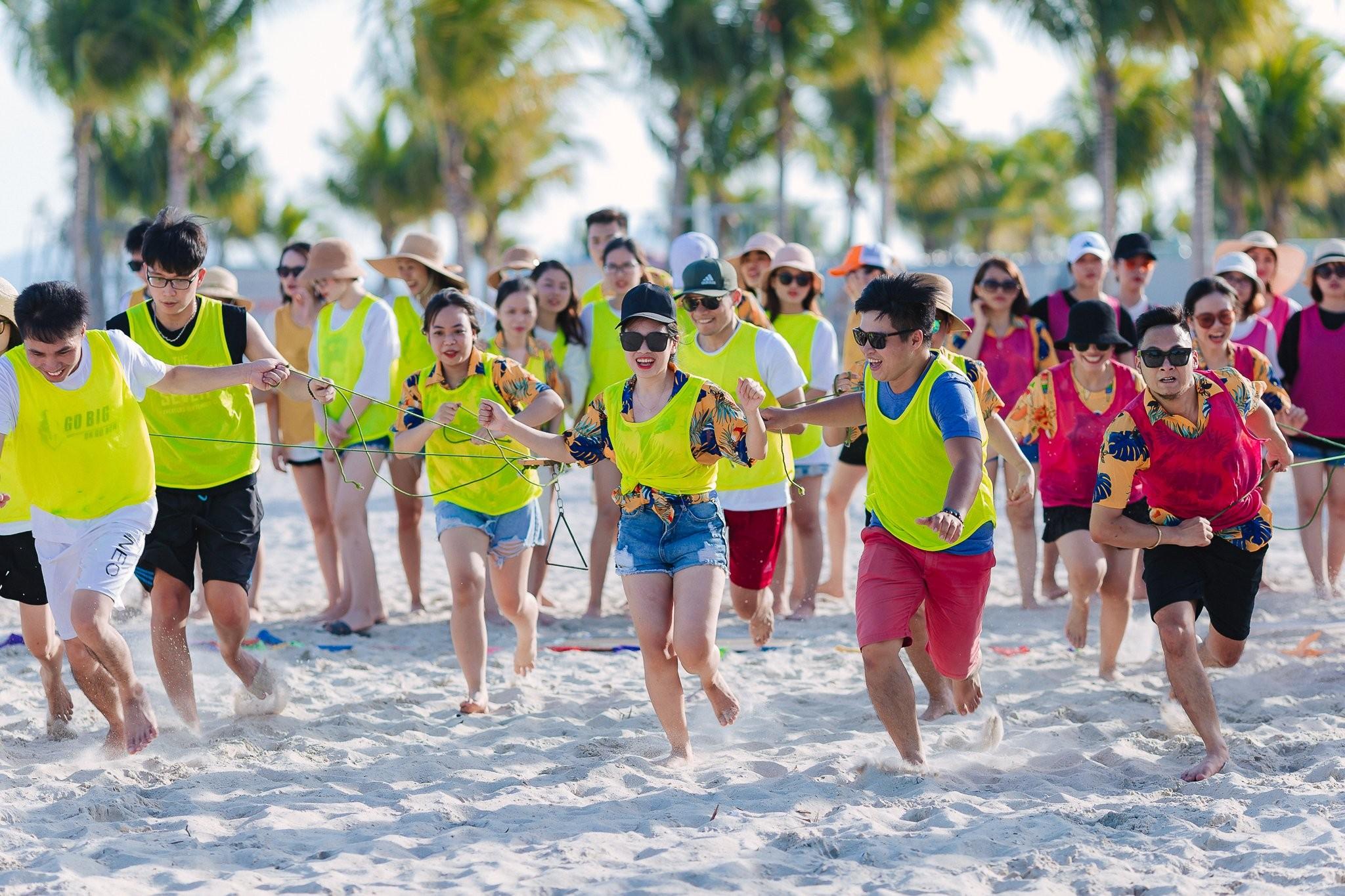 Lợi ích khi tổ chức team building bãi biển