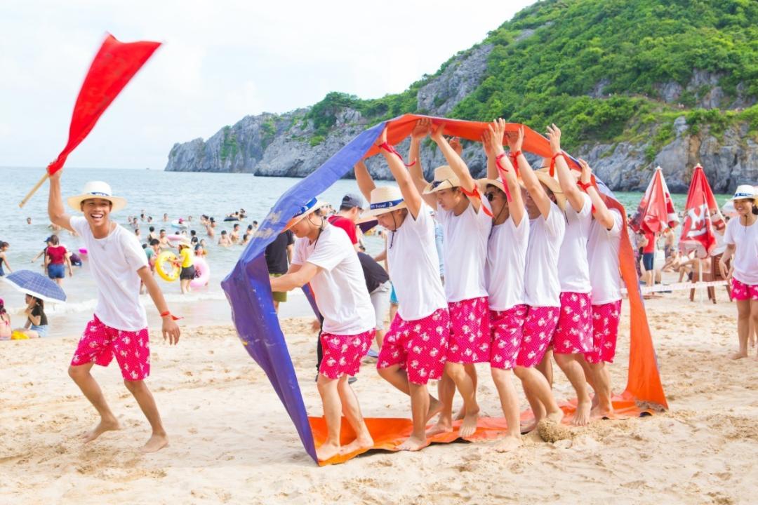 Trò chơi team building bãi biển 2