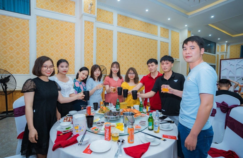 Công ty tổ chức gala dinner chuyên nghiệp 2