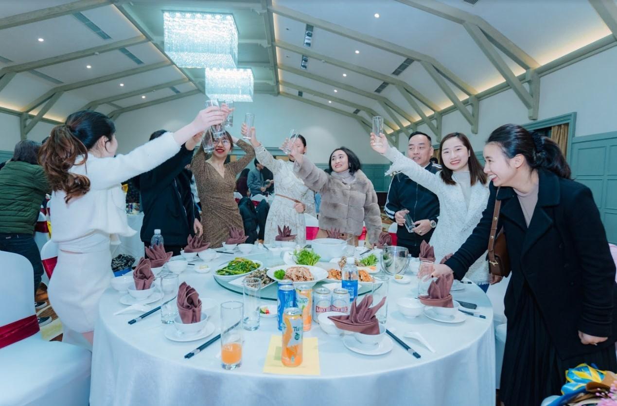 Mẫu kịch bản tổ chức gala dinner 8