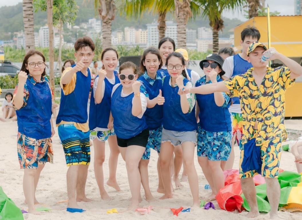 Team building bãi biển