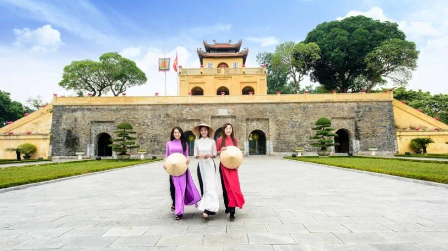 Cần chuẩn bị gì khi đi du lịch Hà Nội Sapa Ninh Bình