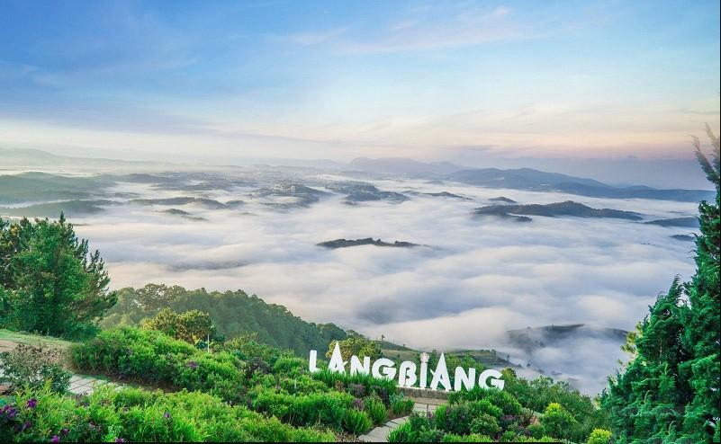 Tour Hà Nội – Nha Trang – Vinpearland – Vĩnh Hy – Đà Lạt - Langbiang