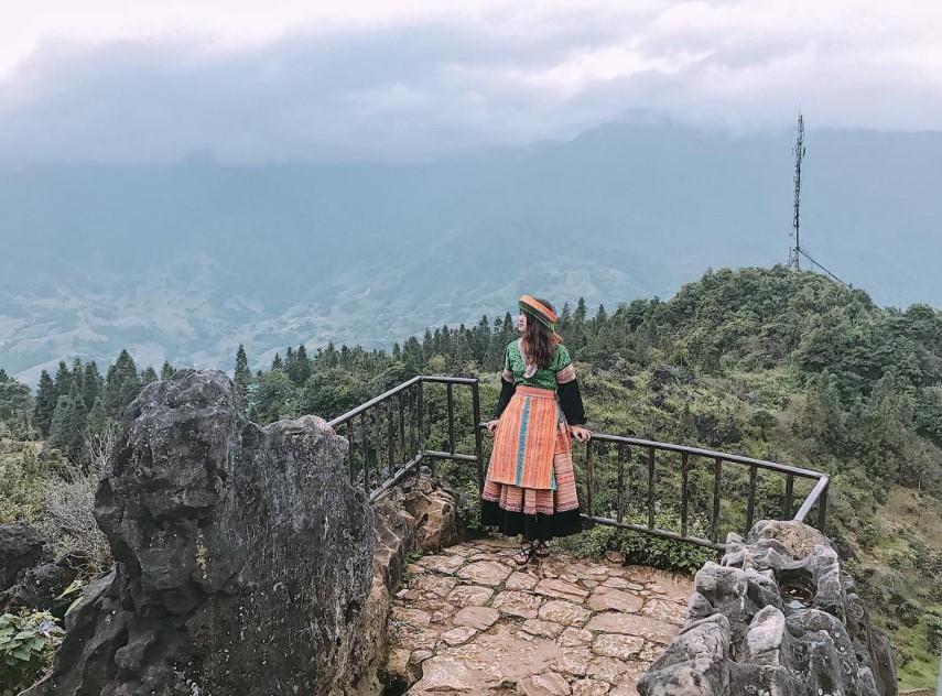 Kinh nghiệm du lịch núi Hàm Rồng 3