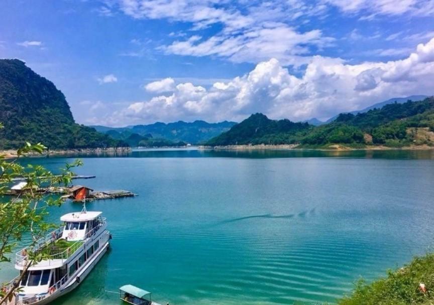 Kinh nghiệm du lịch suối Trạch từ A -Z