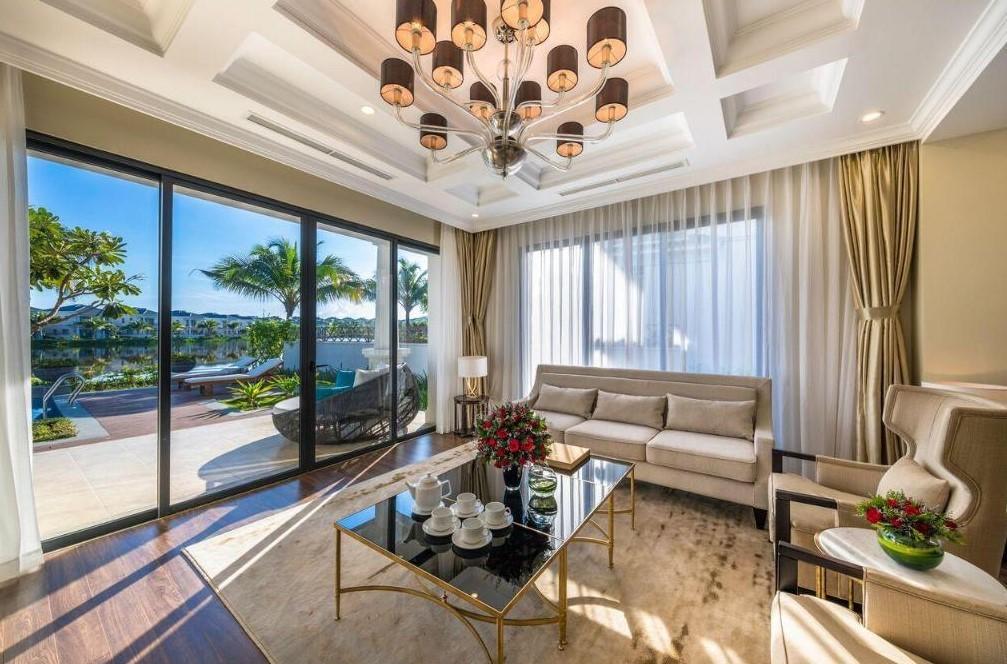 Top 7 khách sạn Nha Trang gần biển 5 sao