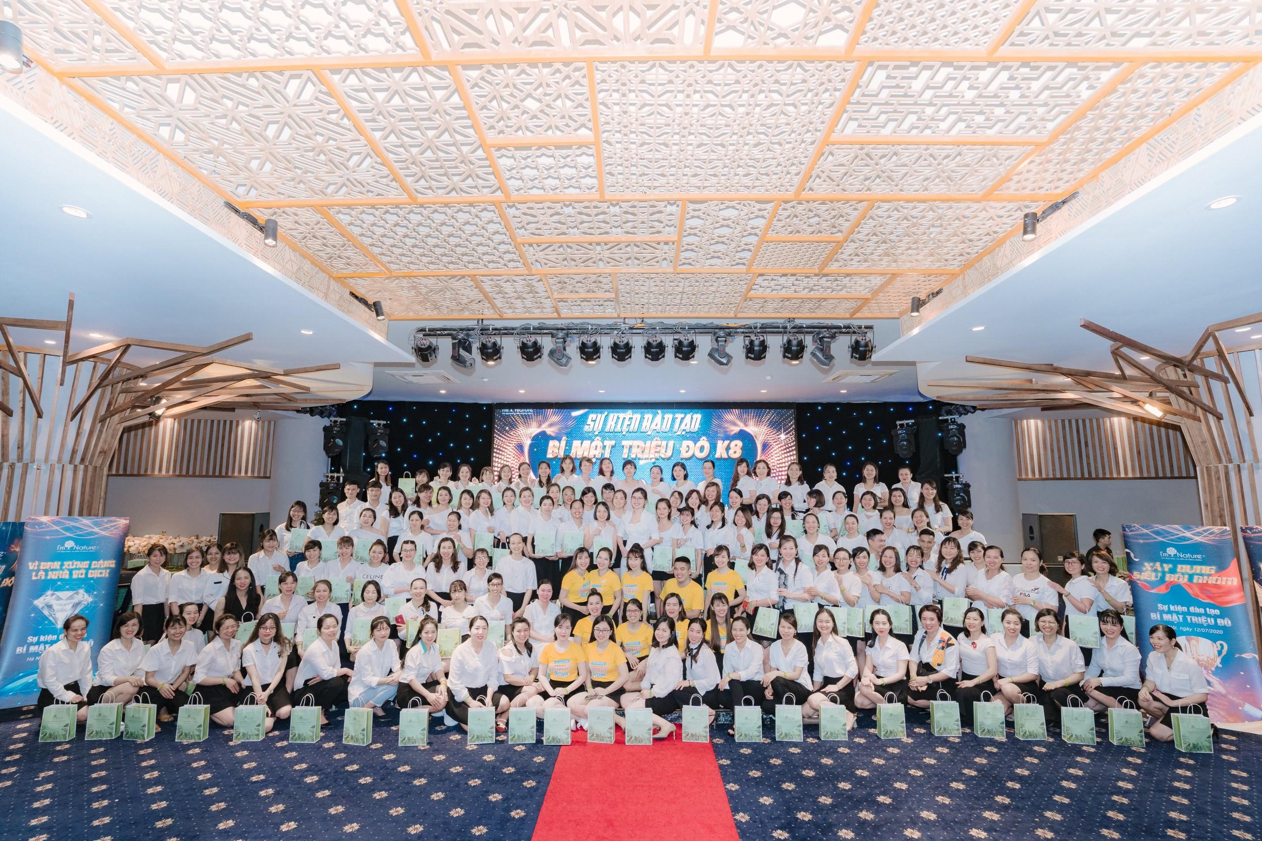 Tổ chức sự kiện hội nghị khách hàng 1