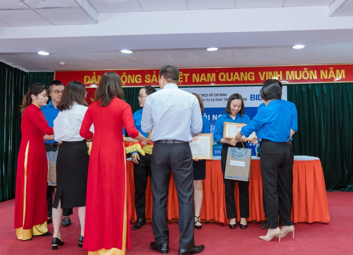 Tổ chức sự kiện hội nghị khách hàng 2