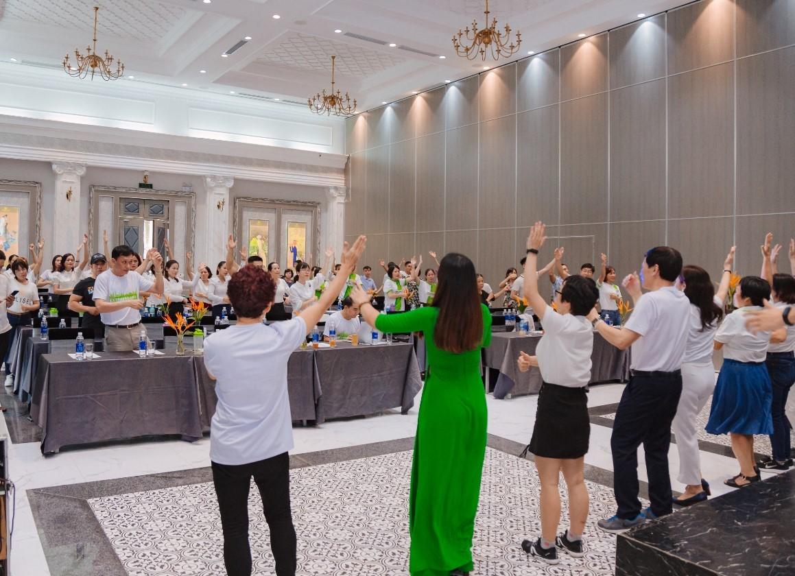 Tổ chức sự kiện hội nghị khách hàng 3