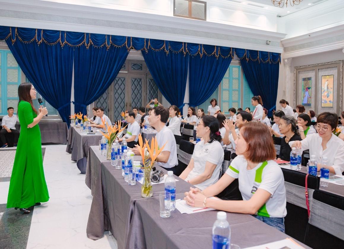 Tổ chức sự kiện hội nghị khách hàng 7