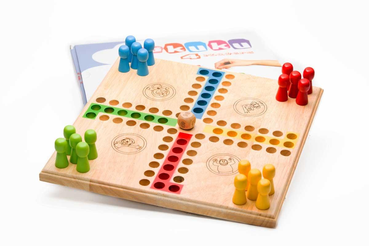 Trò chơi Team building gia đình - Luxtour 19