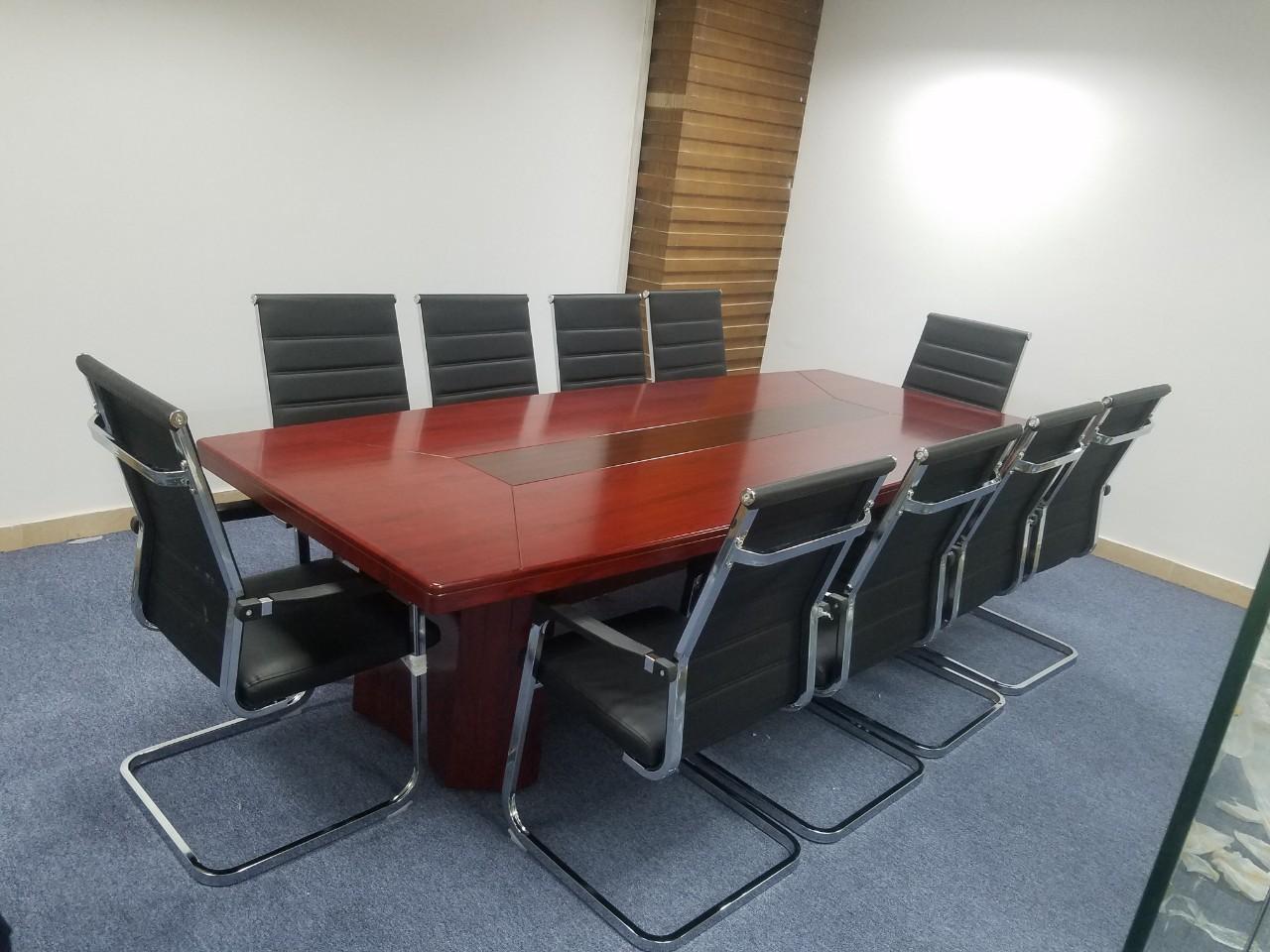Cho thuê bàn ghế sự kiện - Luxtour 2