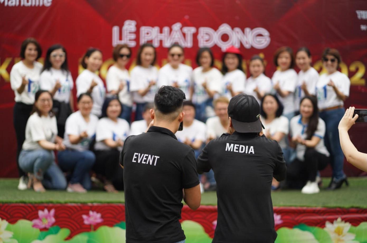 Cho thuê MC team building tại Đà Nẵng - Luxtour 1
