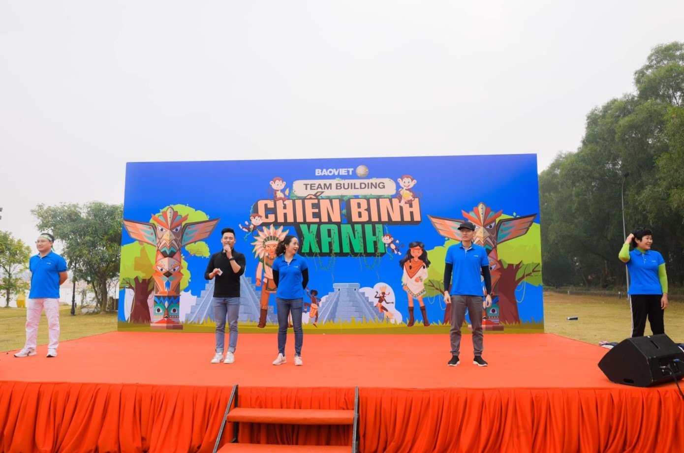 Cho thuê MC team building tại Đà Nẵng - Luxtour 2