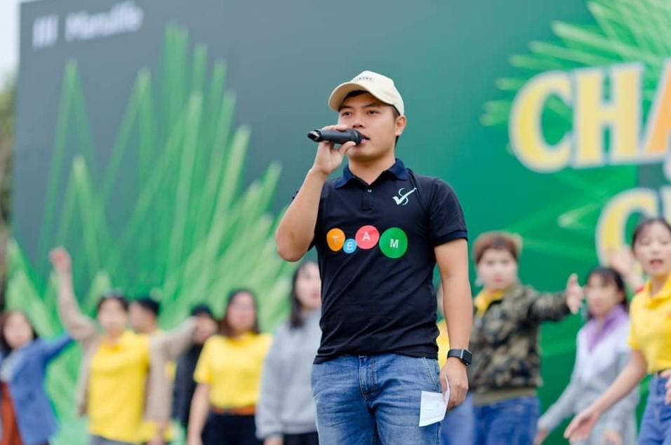 Cho thuê MC team building tại Đà Nẵng - Luxtour 4