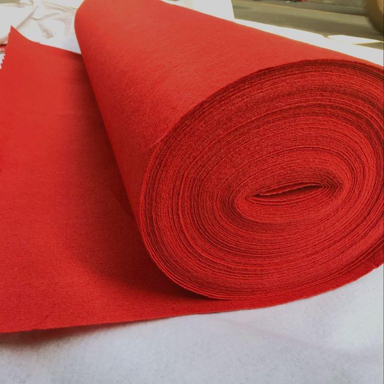 Cho thuê thảm đỏ - Luxtour 7