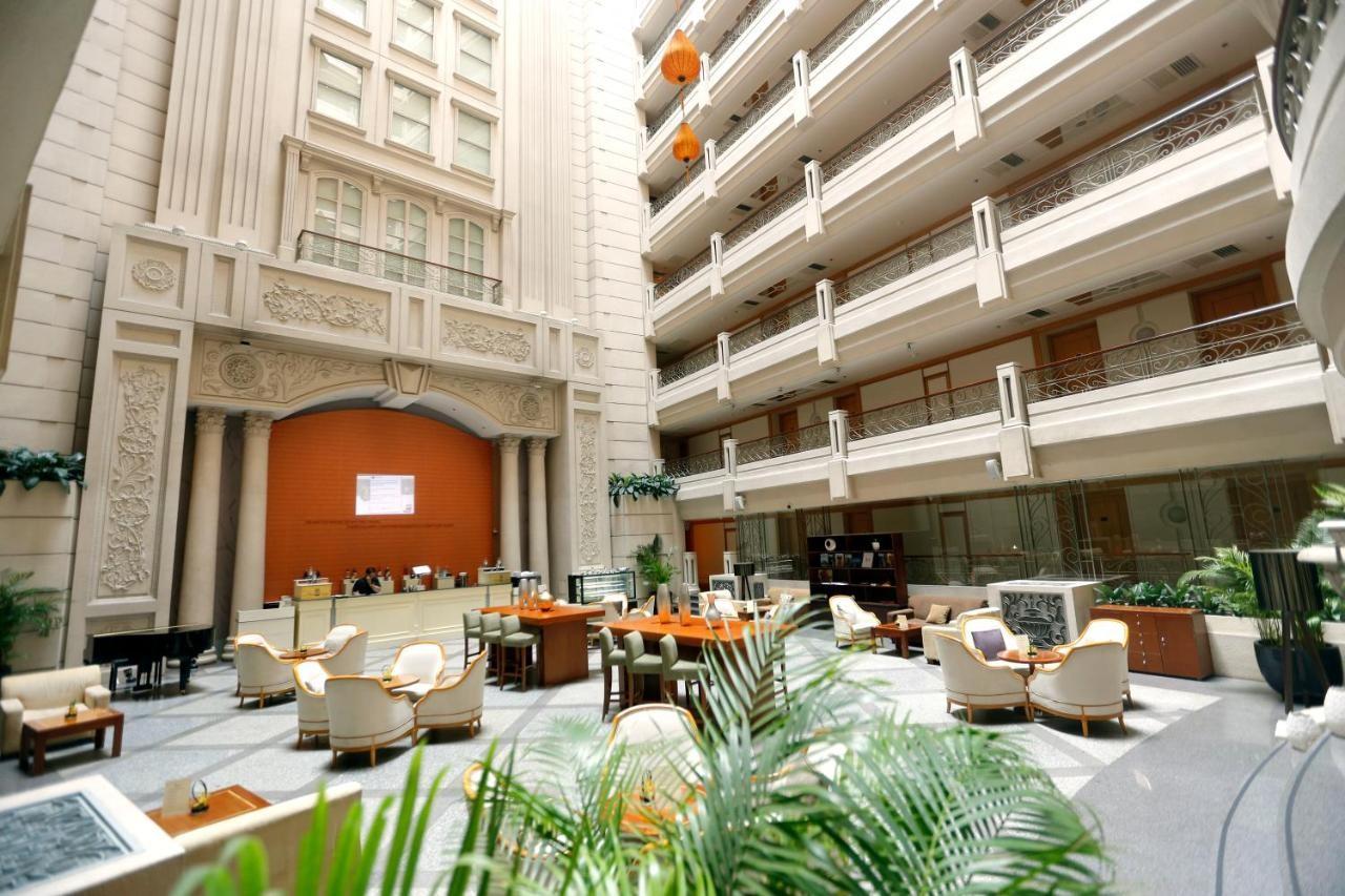 Địa điểm tổ chức gala dinner ngoài trời - Luxtour 13