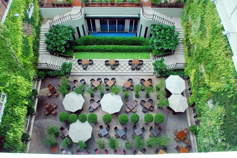 Địa điểm tổ chức gala dinner ngoài trời - Luxtour 6