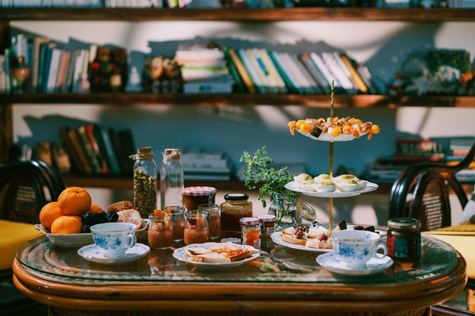 Dịch vụ đặt tiệc teabreak - Luxtour 7