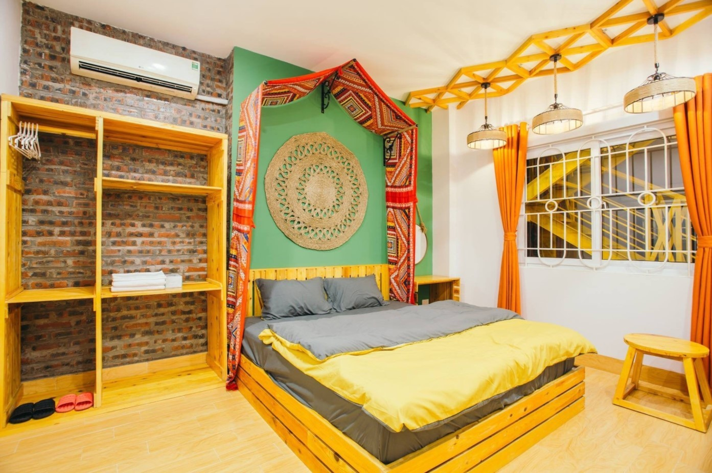 Homestay Hạ Long - Luxtour 21