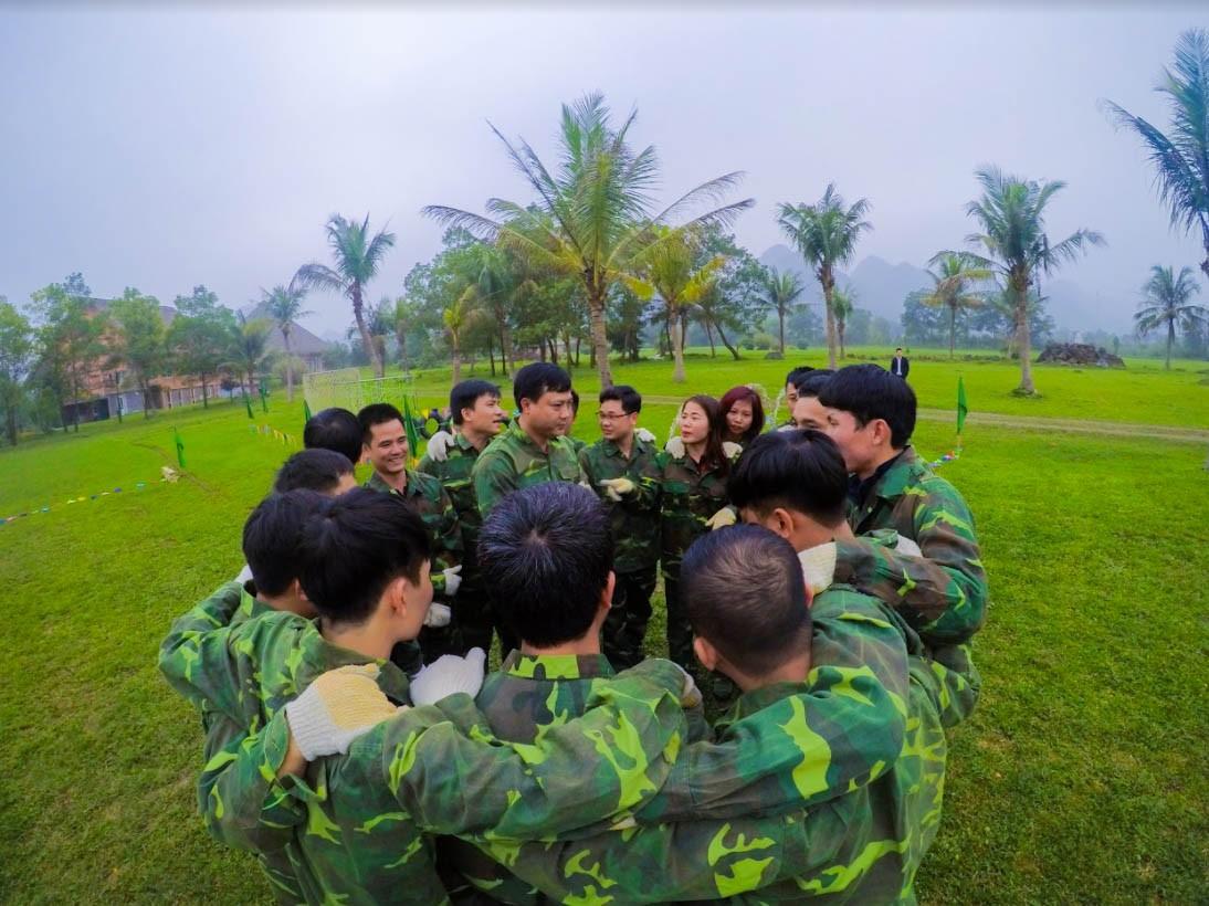 Concept team building quân đội - Luxtour