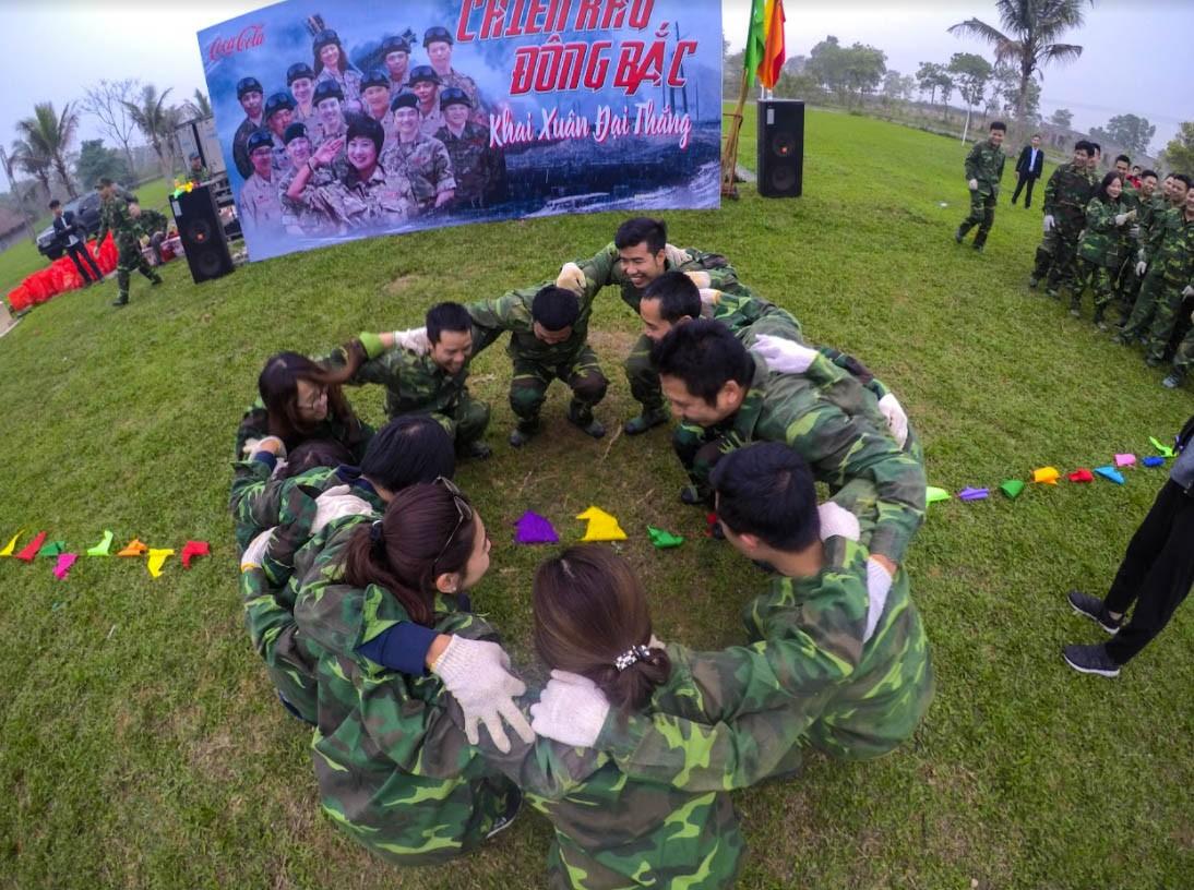 Trò chơi Team Building quân đội - Luxtour 7