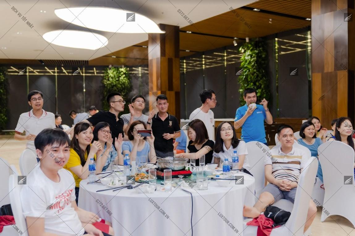 trò chơi Year End Party - Luxtour 11